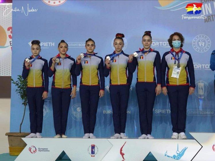 România medaliată cu argint la Campionatele Europene de gimnastică artistică