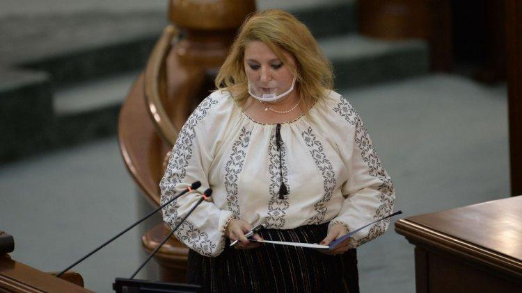 Parchetul General a deschis dosar penal pe numele senatoarei Diana Șoșoacă