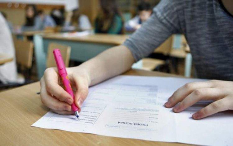 78 de licee din țară nu se va putea susţine examenul de simulare pentru Bacalaureat