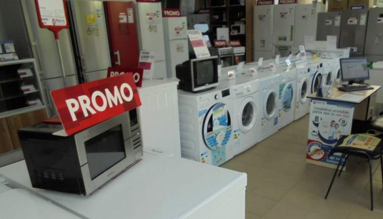 Magazinele, obligate să afişeze la reduceri cel mai scăzut preţ din ultimele 30 de zile înainte de ofertă