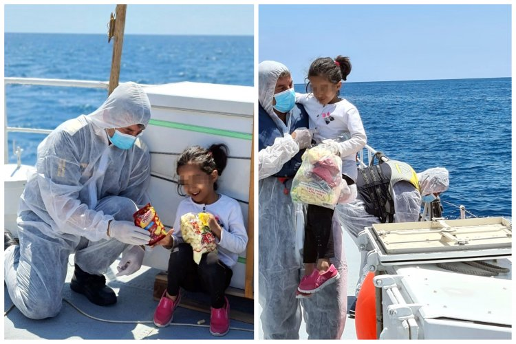 Zâmbetul fetiţei din mijlocul apelor - fetiță afgană salvată de polițiștii români din Marea Mediterană