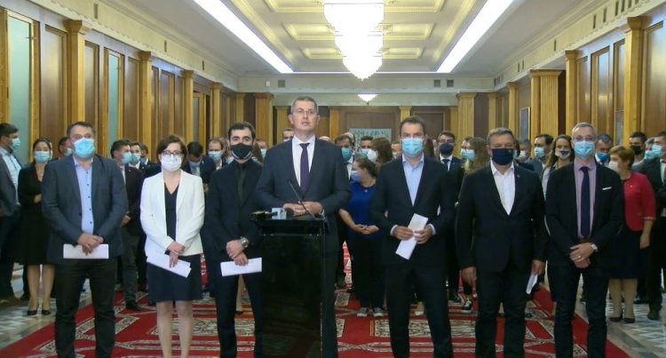 Barna: Florin Cîţu a dinamitat conştient şi perfect responsabil această coaliţie