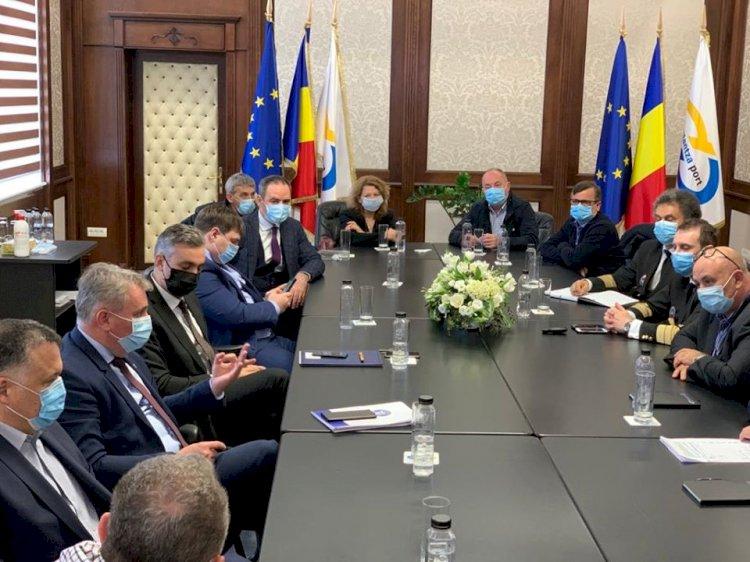 Foto: Ministrul Lucian Bode, în vizită de lucru la Constanța