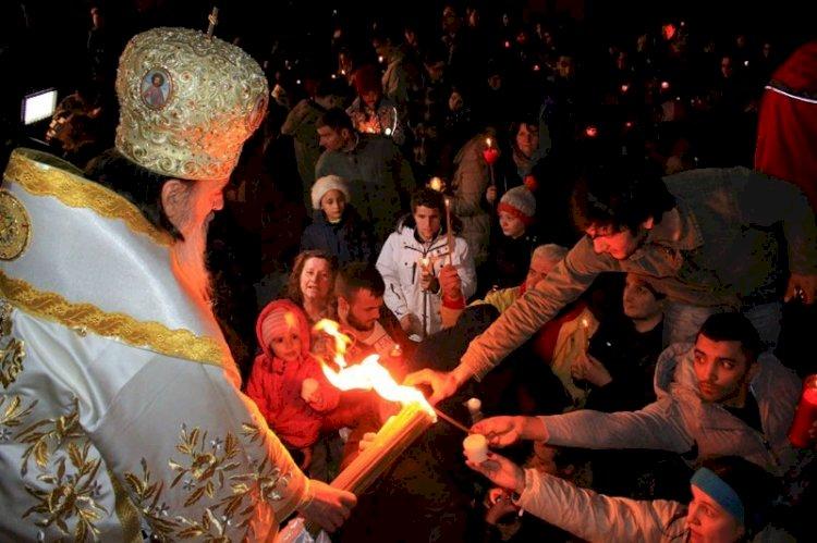 Mâine seară se oficiază Odovania Învierii. IPS Teodosie: Veniți de primiți Lumină!