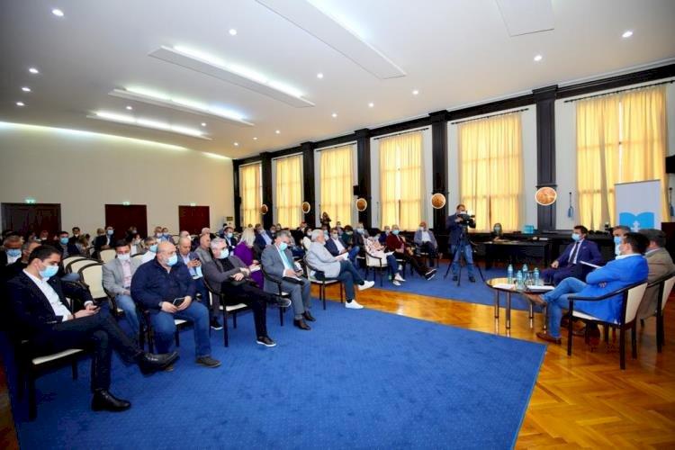 Primarul Decebal Făgădău și prefectul George Niculescu, întâlnire de lucru cu investitorii din turism