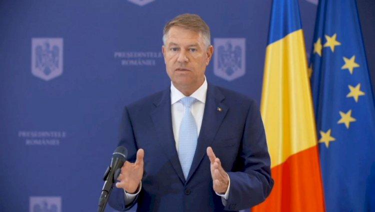 Iohannis: Nu văd cu ochi buni racolările. Traseismul e o boală gravă a politicii românești
